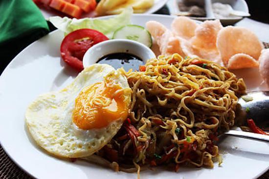recipe Bami Goreng (Stir fry Noodles)