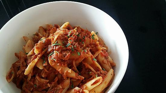 recipe Penne pasta with tuna in tomato sauce